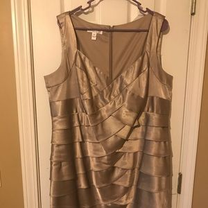 Taupe/caramel colored Formal dress